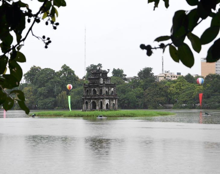 священное озеро ханой
