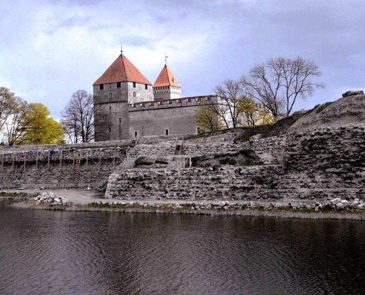 saarema castle