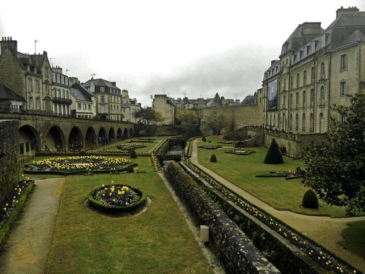 vannes garden