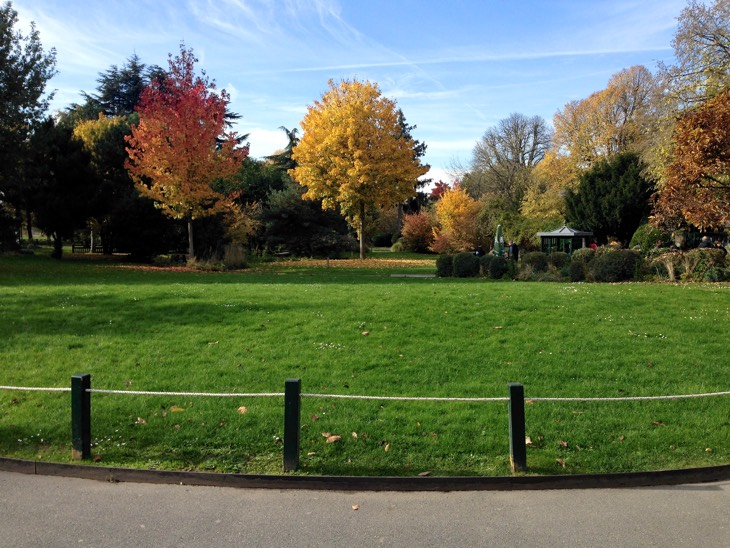 парки париж осень