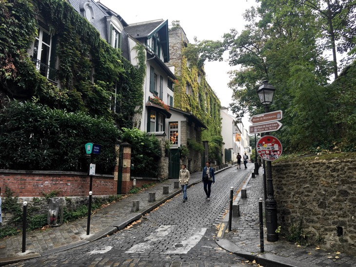 autumn street paris