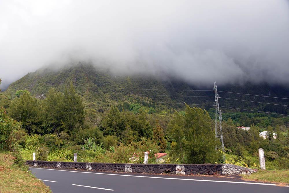 туман и тучи Реюньон