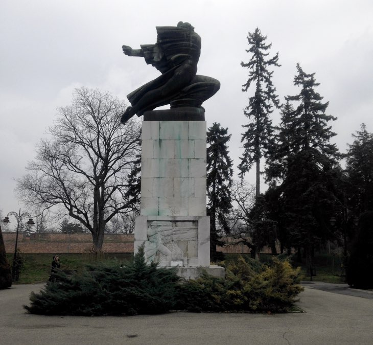 памятник франуцузским войнам.