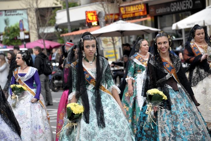 красивые платья валенсия