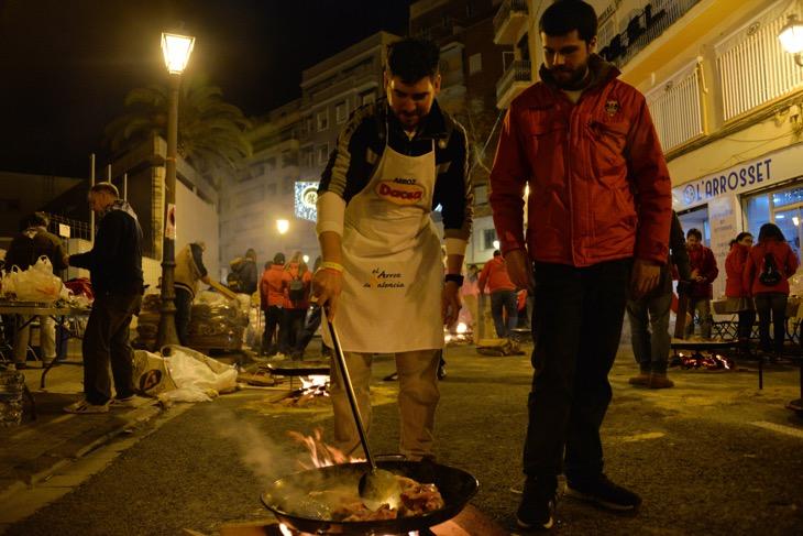paella on streets valencia