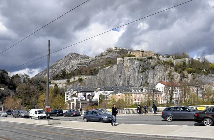 горы франция