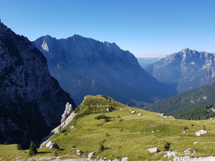 Необычная зеленая Словения: Парк Триглав, гора Мангарт и озеро Блед