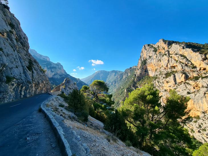 routes to travel provence