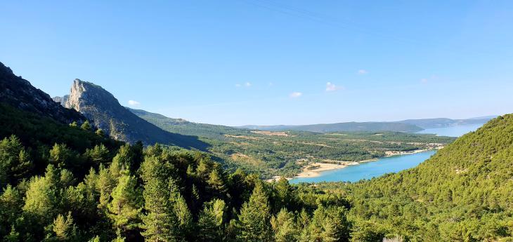 озера франции
